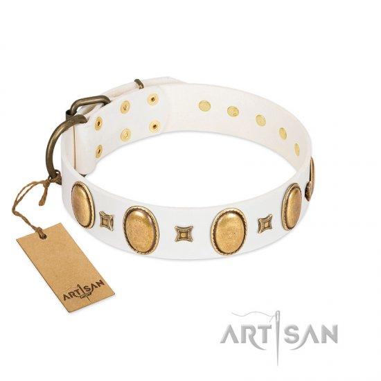 """Chichi Pearl"" Designer Handmade FDT Artisan White Leather dog Collar with Ovals and Studs"