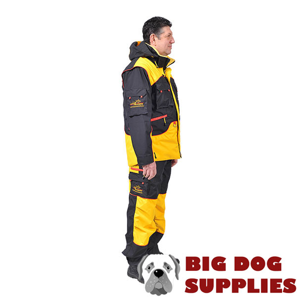 Convenient Training Suit with Several Pockets