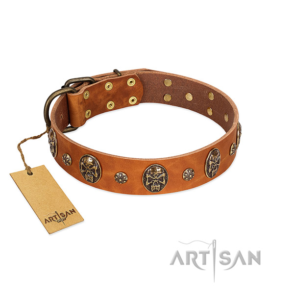 Convenient full grain natural leather collar for your dog
