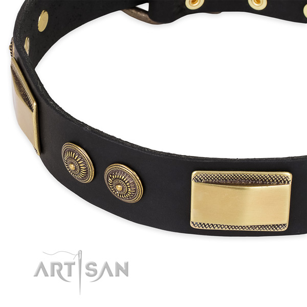 Comfortable full grain natural leather collar for your beautiful pet