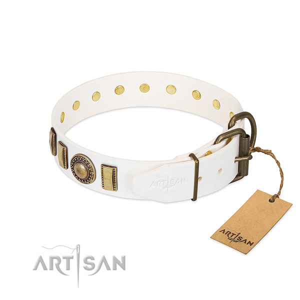 Fashionable full grain genuine leather dog collar with corrosion proof D-ring