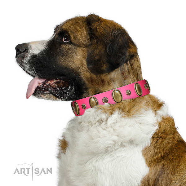 High quality leather dog collar with corrosion resistant traditional buckle