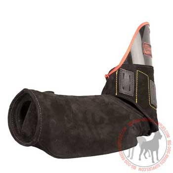 Lightweight protective bite sleeve with leather belt for sleeve cover