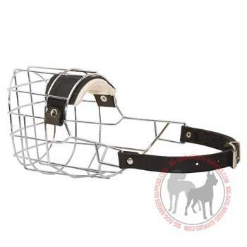 Dog wire muzzle with easy adjustable strap