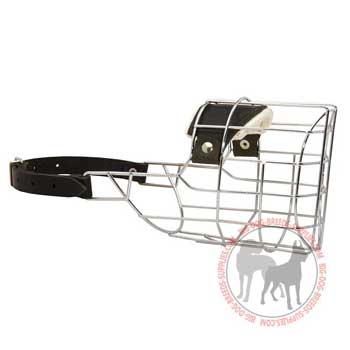 Wire cage dog muzzle for off leash training, safe walking